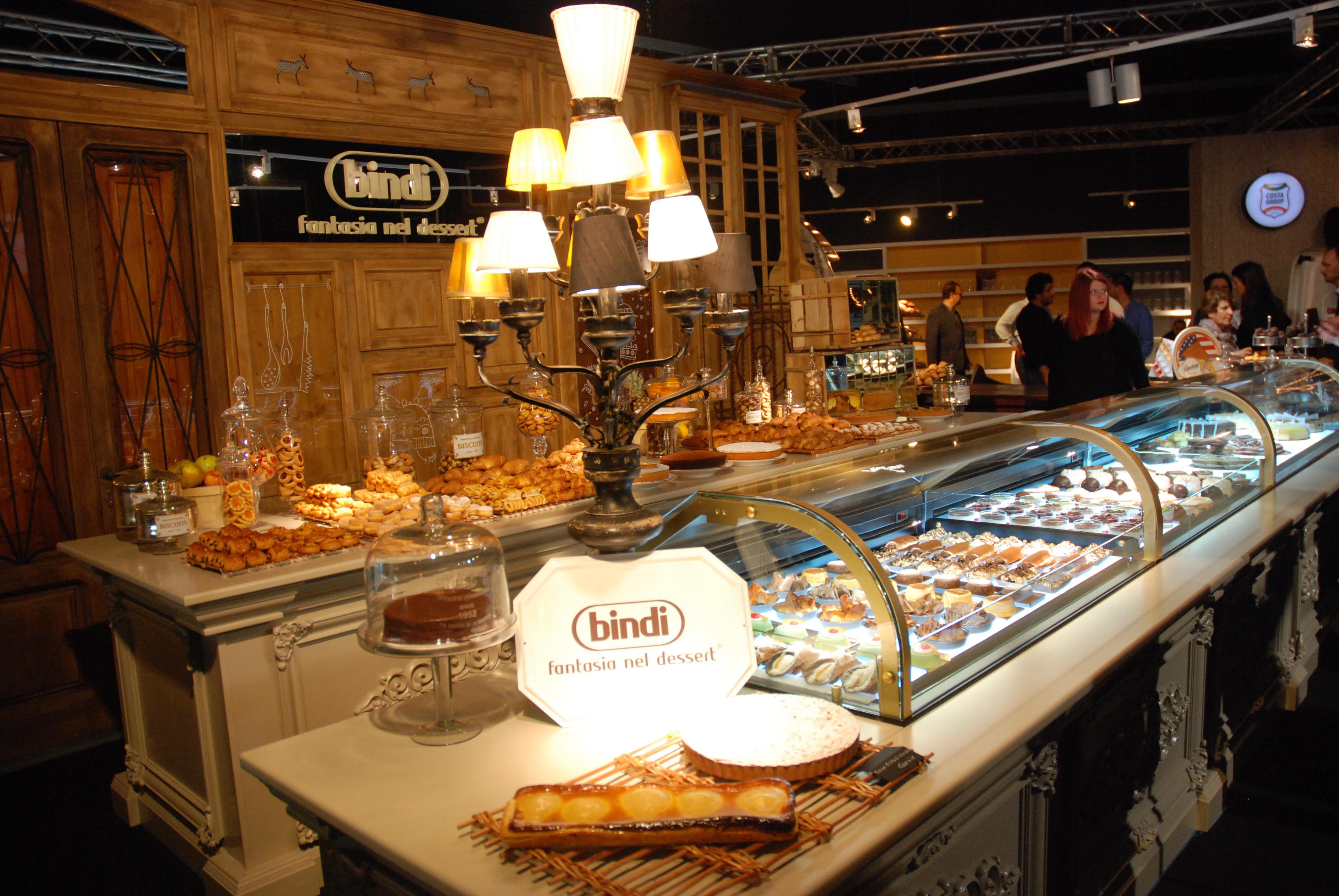 L 39 innovazione made in italy parte dai negozi gastronomici for Costa arredamenti