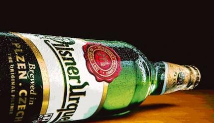 Pilsner Urquell-bottiglia-sdraiata-[1]