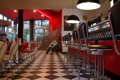 Arredamento Anni 50 Americano : All american the diner il nuovo ristorante dove rivivere gli anni 50