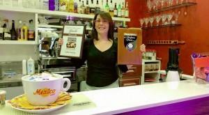 Una barista certificata Inei
