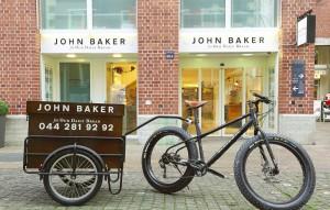 John Baker punta su trasparenza, prodotti bio e lavorazione a vista